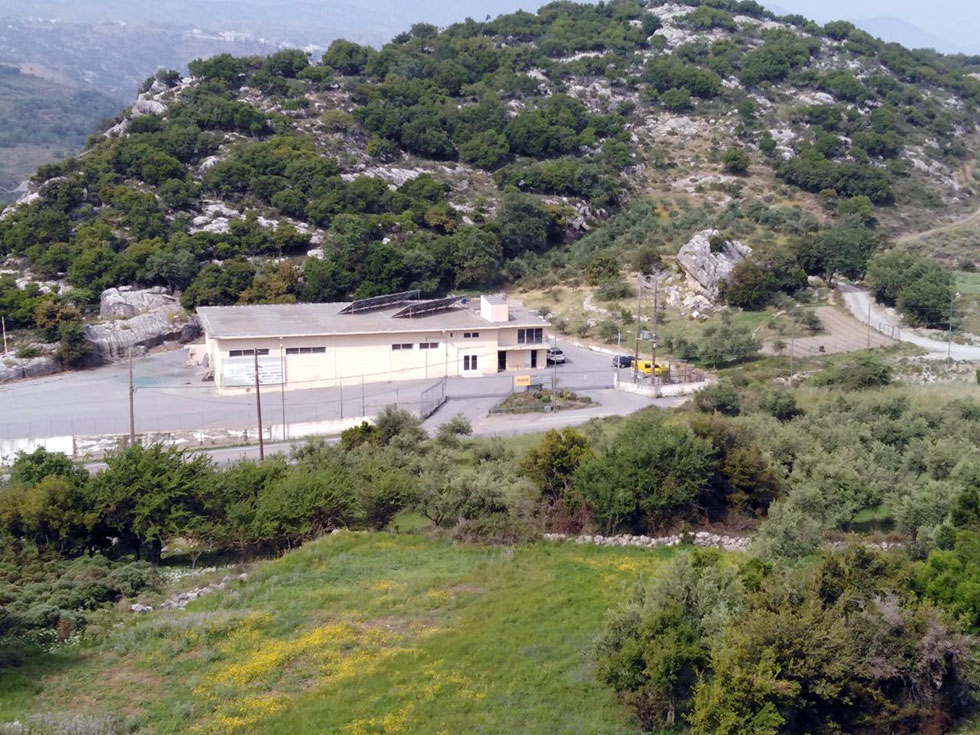 """Investment opportunity """"large area with industrial building and photovoltaic"""""""