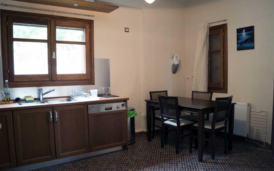 Kitchen-in-Ground-floor-b