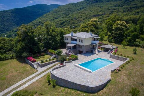 stone-House-with-swimming-pool