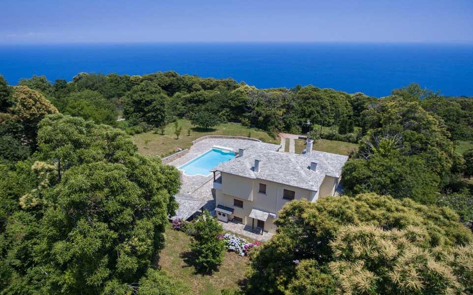 villa-with-sea-view